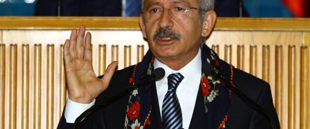 Kılıçdaroğlu'na başörtüsü hediye