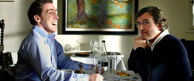 Kim daha iyi Michael Caine taklidi yapıyor?