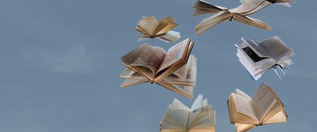 Kitaplardan kurtulabileceğinizi sanmayın