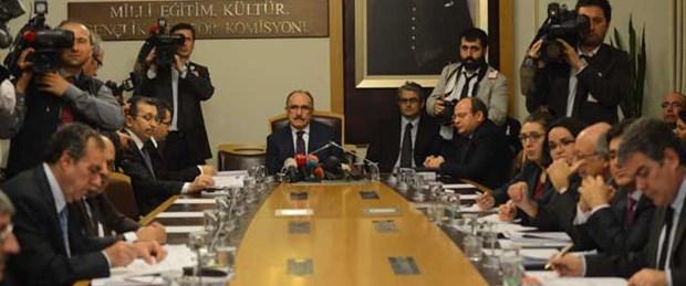 Komisyonda 'Türk düşmanı' tartışması