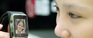LG'den 3G uyumlu bileklik telefonu