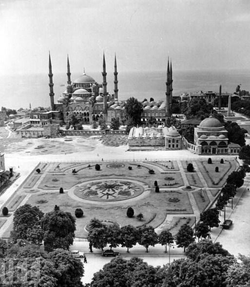 Life arşivinden geçmişteki Türkiye