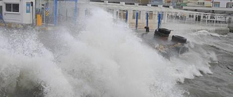 Lodos Marmara'yı savuruyor