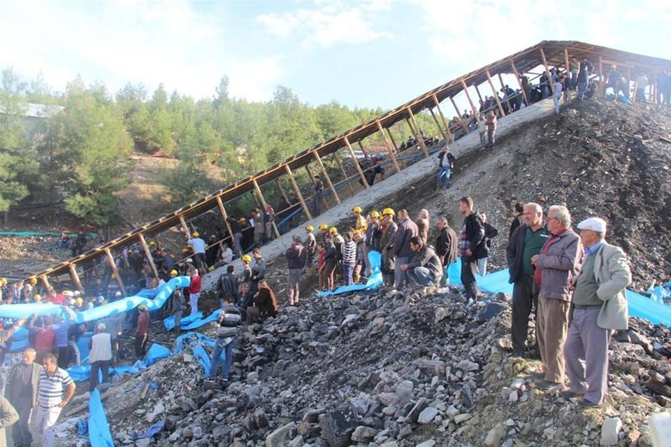 Maden işçileri mahsur kaldı