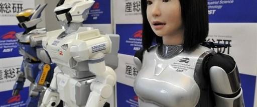 Manken robot, podyumlara çıkmaya hazır