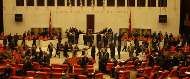 Meclis işe tezkereyle başlayacak
