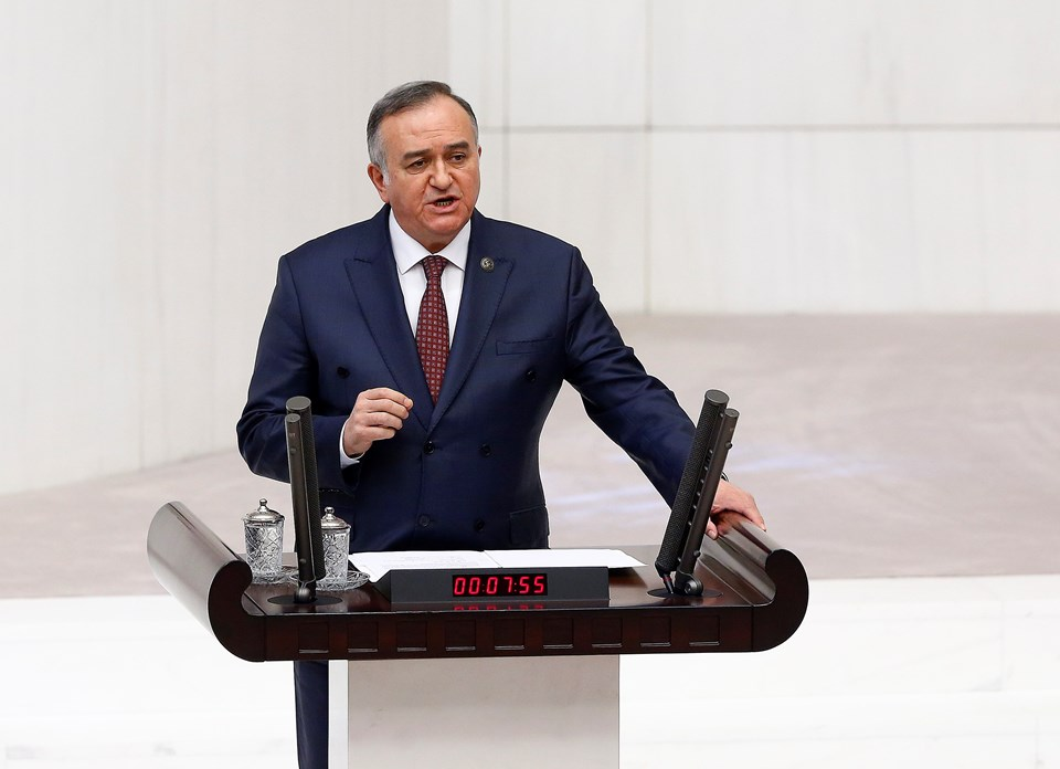 MHP Grup Başkanvekili Erkan Akçay