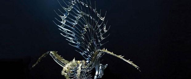 Mekanik canlılar Perili Köşk'te
