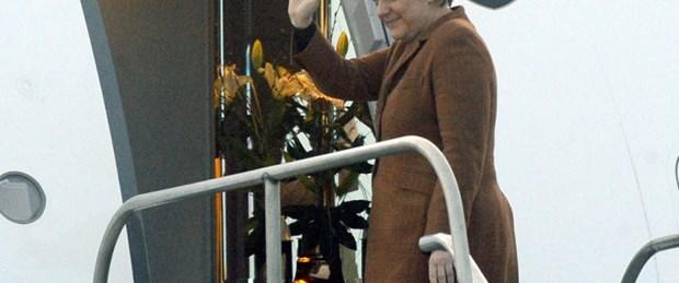 Merkel'den giderayak vize cevabı