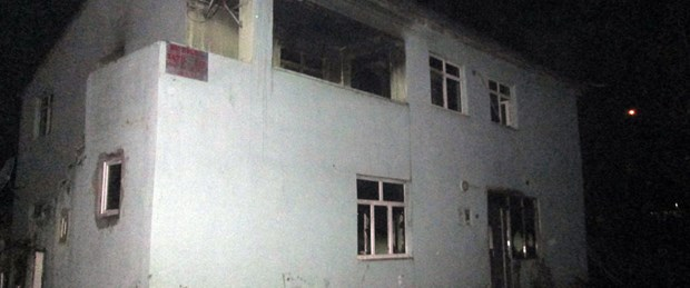 Mert'in katil zanlısının ailesine ait evde yangın