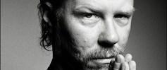 Metallica'nın solisti hastaneye kaldırıldı