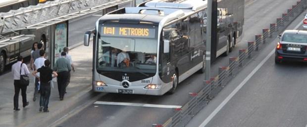 haliç-metrobüs-yol-bakım290815.jpg