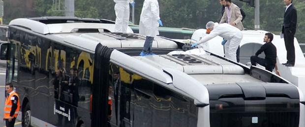 Metrobüs üstünde ceset bulundu