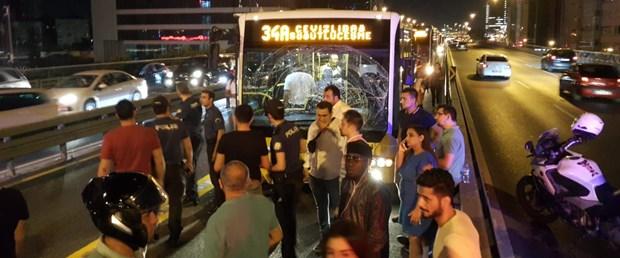 mecidiyekoyde-metrobus-kazasi-1-_5606_dhaphoto2.jpg