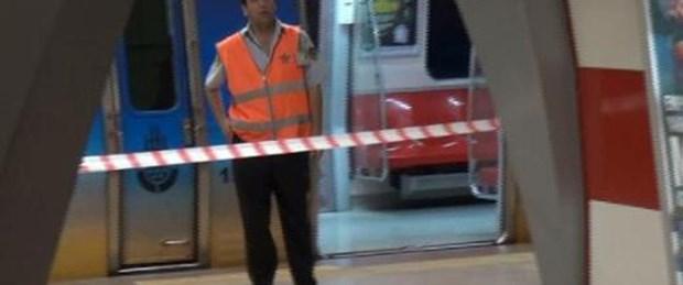 Metronun altında kalan kadın yaşamını yitirdi