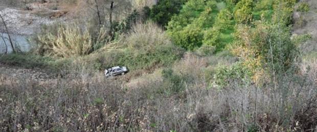 Mevlütten dönen aile uçuruma yuvarlandı: 5 ölü