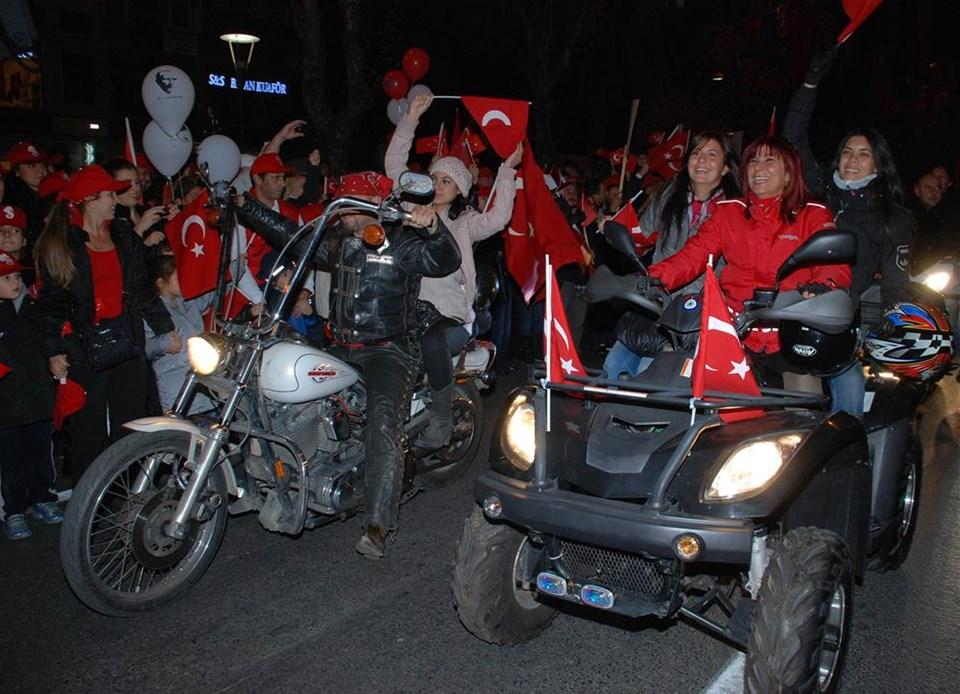 Meydanlar bayramı kutladı