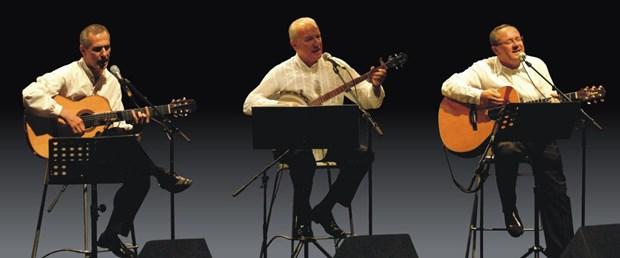 Modern Folk Üçlüsü 40. sanat yılını kutluyor