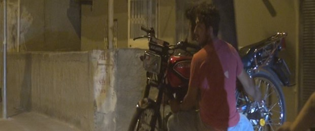 motosikleti-motosiklet-ile-tasidilar_4979_dhaphoto1.jpg