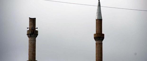 Muş'ta lodos 5 caminin minaresini uçurdu