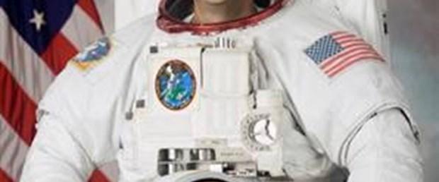 NASA astronotu hazırlıklarını 'tweet'liyor