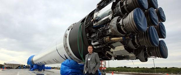 NASA'ya uzay aracı yapacak firmalar belirlendi