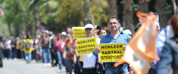 "Nükleere karşı ""insan zinciri"""