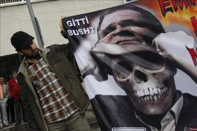 Obama'ya protesto