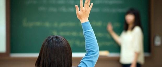 öğrenci öğretmen ders sınıf.jpg