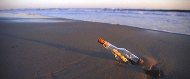 Okyanusta yüzen 'sosyal medya'