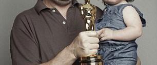 Oscar heykelciği kırılabiliyormuş!
