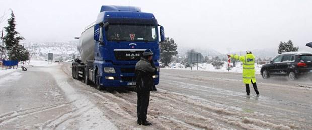 Otomobillere kış lastiği zorunluluğu yok
