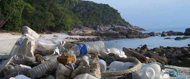Plajlardaki çöpler tehlikeli!