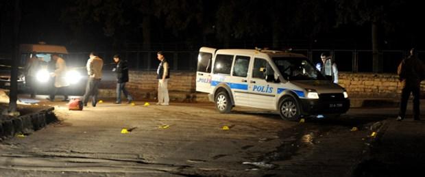 Polis aracına pompalı tüfekle pusu