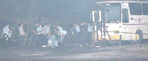 Polis otobüsünde biber gazı bombası patladı