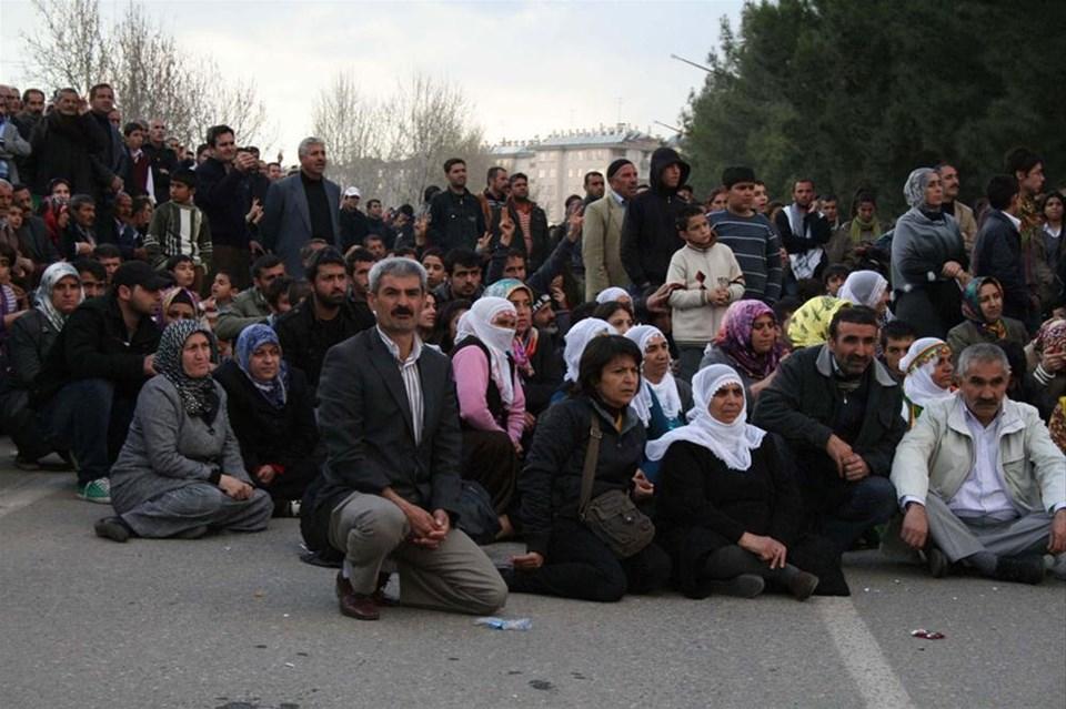 Polis panzerinde sivil itaatsizlik