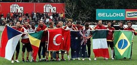 Galatasaray idmanındauluslararası kutlama yapıldı.