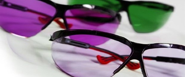 Renk körlüğünü ortadan kaldıracak gözlük