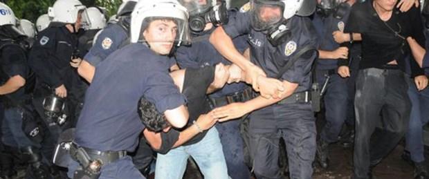 Reyhanlı protestosuna polis müdahalesi
