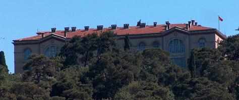 'Ruhban okulu 2000 yılında açılacaktı'