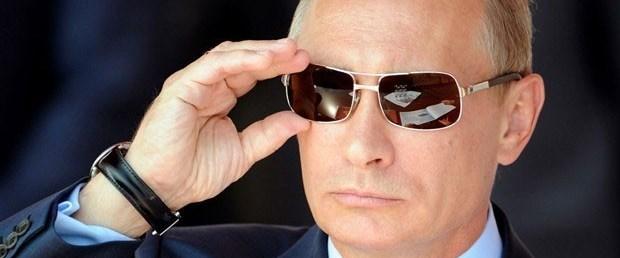 Rusya'da Putin devri Pasaport'ta
