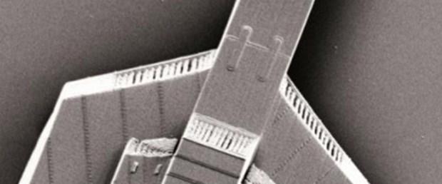 Saç teli kalınlığında uzay gemisi
