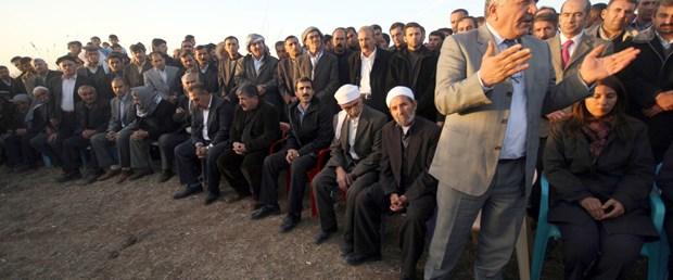 Sadak, Gül ve Erdoğan'ın fotoğrafını indirdi