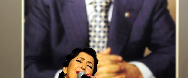 Sakıp Sabancı sevdiği şarkılarla anıldı