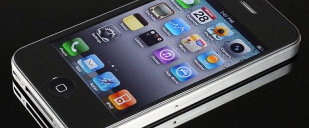 Samsung'tan iPhone 4S'e dava