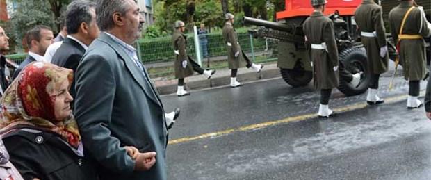 Şehit ailesinden slogana tepki: Şov istemiyoruz
