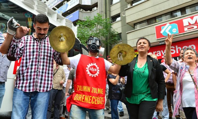 Sendikalar 'Gezi' için grevde