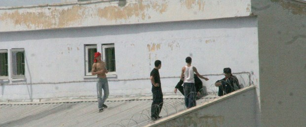 Siirt Cezaevi'nde isyan