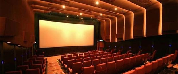 Sinema salonları dolmuyor!