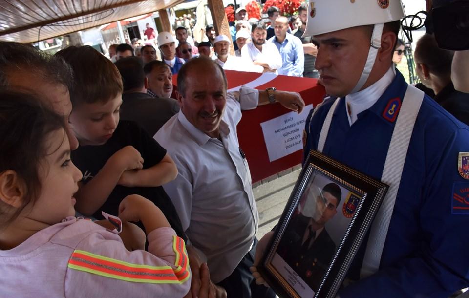 Jandarma Komando Uzman Çavuş Muhammed Ferdi Güntekin'in cenazesinden